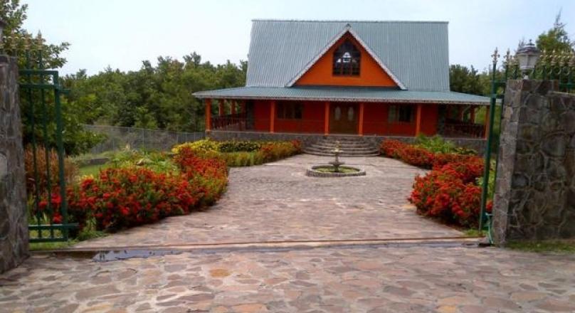 Mt.Pleasant House