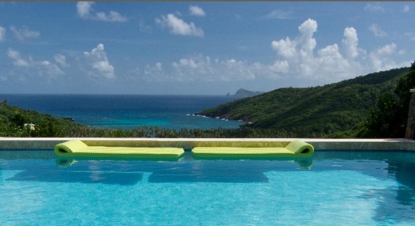 Bay Tree Luxury Villa